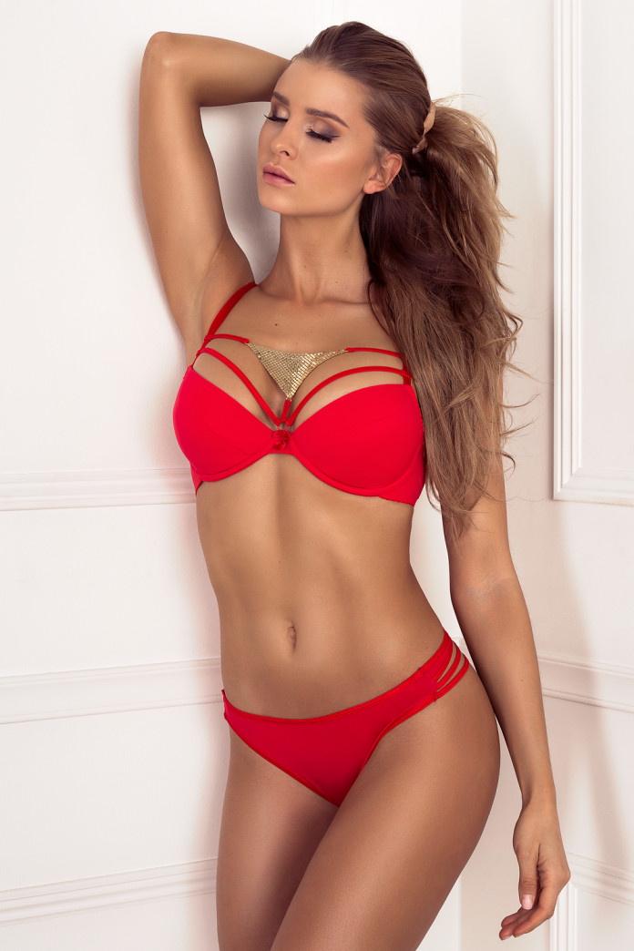 Golden Triangle Red Set